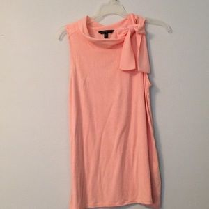 Peach Banana republic tank 🍑